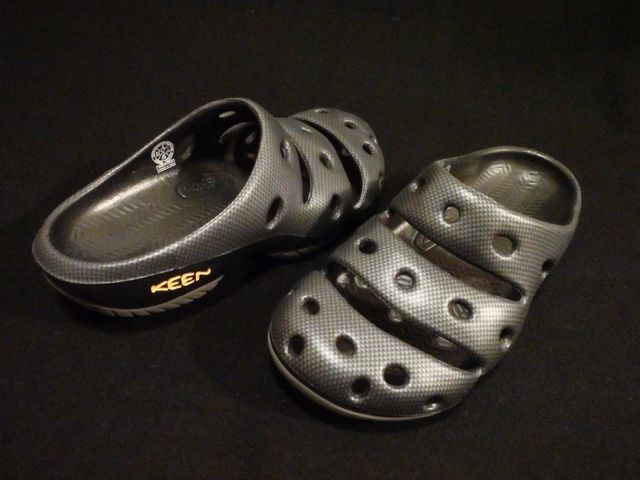 KEEN YOGUI GRAPHITE